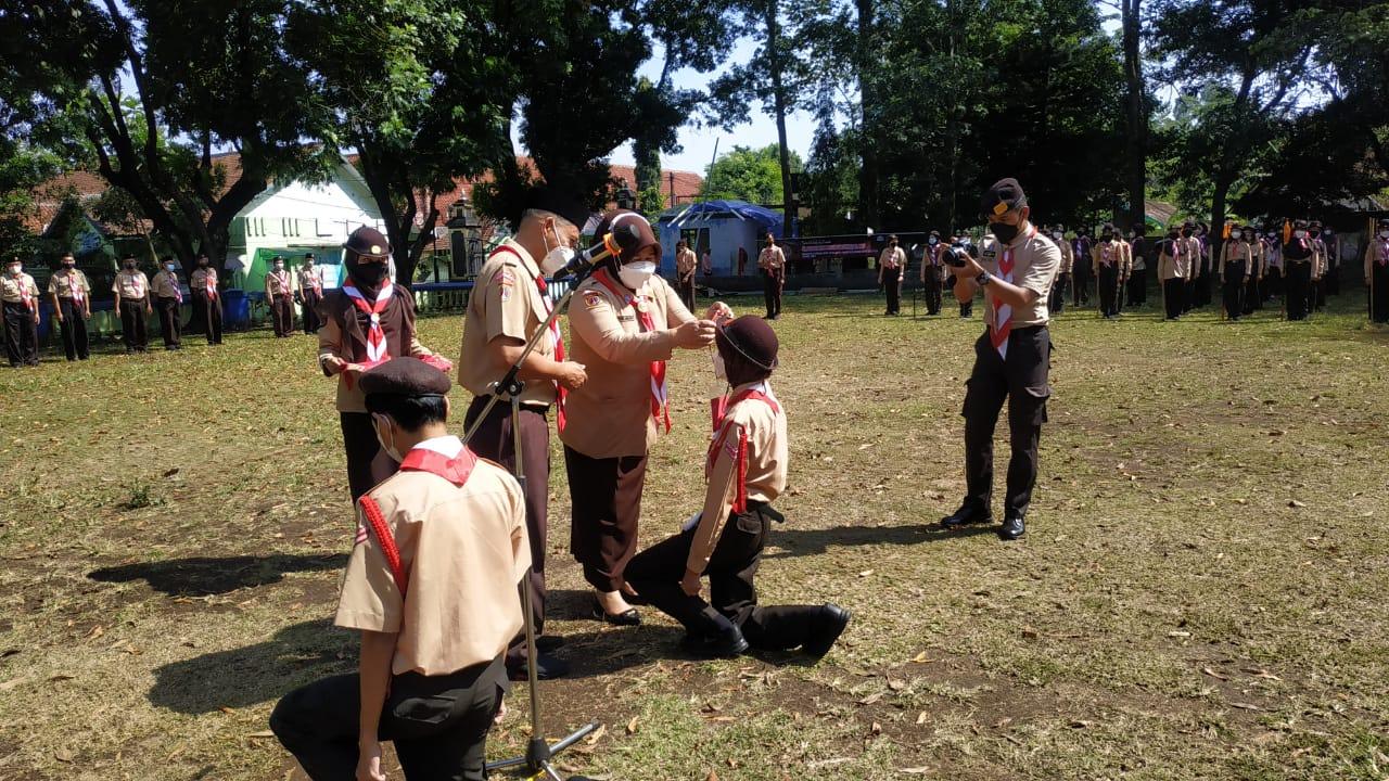 Pangkalan SMP Negeri 2 Salatiga Ikuti Gladian Pemimpin Regu (Dianpinru) Penggalang Kwartir Daerah Jawa Tengah di Kwartir Cabang Kota Salatiga